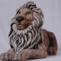 leeuw groot liggend