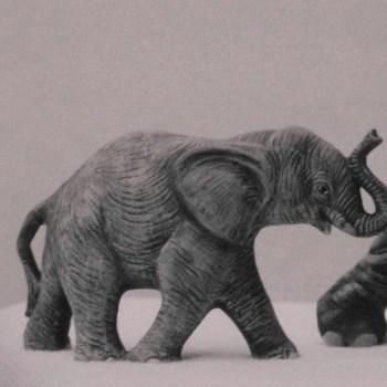 olifant klein staand