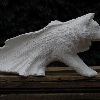 wolf uit houten stam