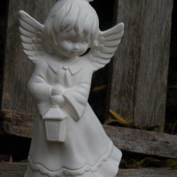 engel meisje lantaarn