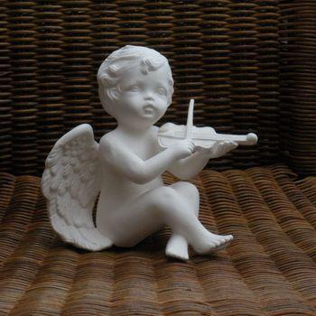 engel zit viool