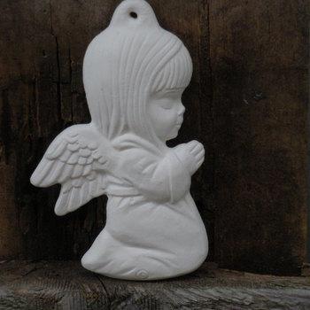 hanger engeltje knielend