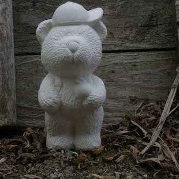 beer met rugzak klein